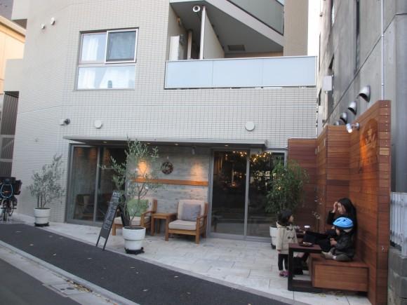 STARBUCKS代澤5丁目店003