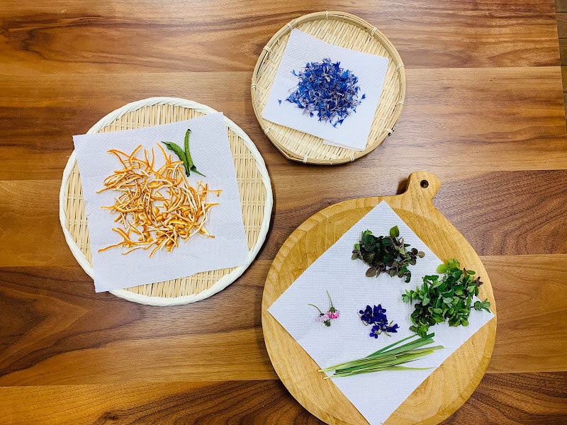 獨家香草茶中所使用的各式香草